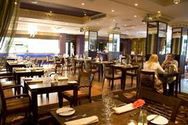queen-hotel-dining-17-83825