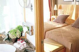 93599_006_Guestroom