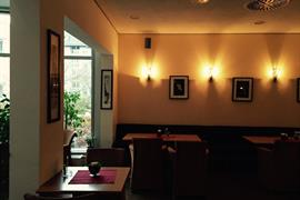 95329_006_Restaurant