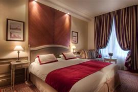 93631_006_Guestroom