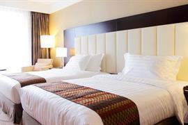 78695_006_Guestroom