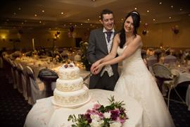 yew-lodge-hotel-wedding-events-09-83652