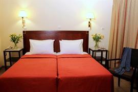 77525_006_Guestroom