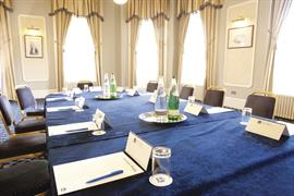 queens-hotel-meeting-space-03-83495
