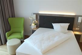 95352_004_Guestroom