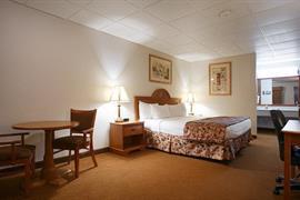 17101_005_Guestroom