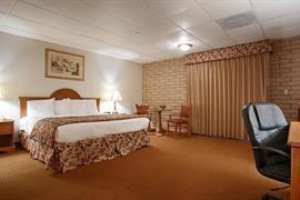 17101_007_Guestroom