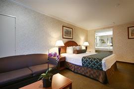 05497_005_Guestroom