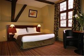 92912_001_Guestroom