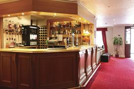 restormel-lodge-hotel-dining-03-83742
