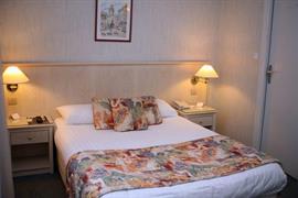 93563_002_Guestroom