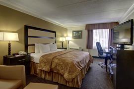 11067_002_Guestroom