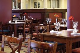 rockingham-forest-hotel-dining-01-83907