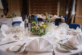 rose-and-crown-hotel-wedding-events-02-83792