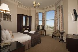 royal-clifton-hotel-bedrooms-11-83269