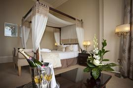 royal-clifton-hotel-bedrooms-17-83269