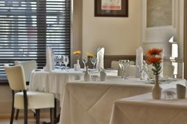 royal-hotel-dining-15-83745