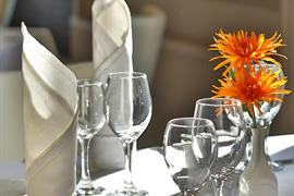 royal-hotel-dining-18-83745-OP