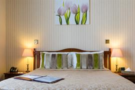 royal-hotel-bedrooms-15-83745