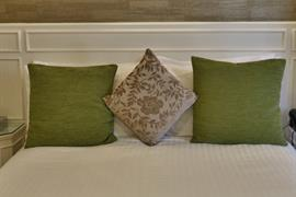 royal-hotel-bedrooms-17-83745-OP