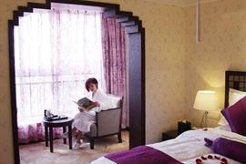 78682_003_Guestroom