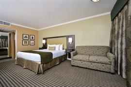 03074_003_Guestroom
