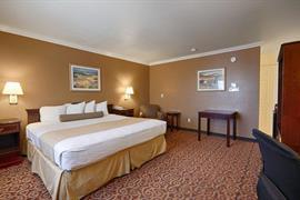 05330_004_Guestroom