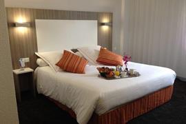 93659_005_Guestroom