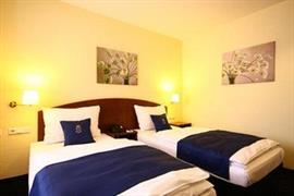 95289_006_Guestroom