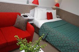 97276_004_Guestroom