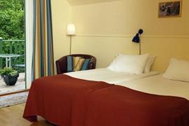 88145_005_Guestroom