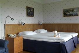 88145_006_Guestroom