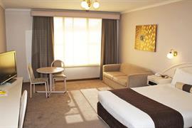 90782_004_Guestroom