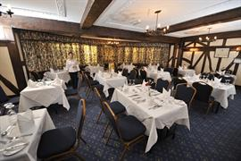 stade-court-hotel-dining-06-83840