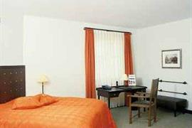 95270_003_Guestroom