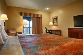 05634_005_Guestroom
