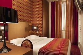 93654_004_Guestroom