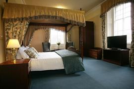 station-hotel-bedrooms-25-83501