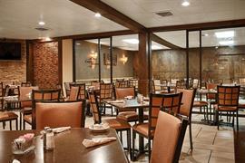 32056_006_Restaurant