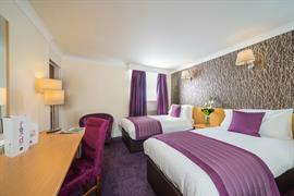 summerhill-hotel-bedrooms-16-83536