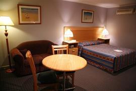 97357_004_Guestroom