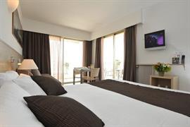 93607_007_Guestroom