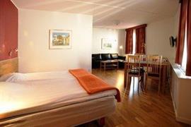 88197_005_Guestroom