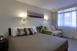 90940_003_Guestroom
