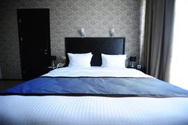 91450_004_Guestroom