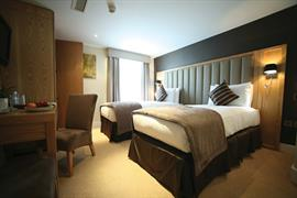 the-boltons-bedrooms-01-83897