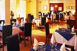 burnside-hotel-dining-01-83957