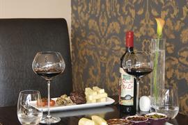 burnside-hotel-dining-27-83957-OP