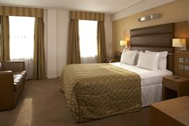 the-cromwell-bedrooms-50-83871