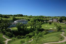 dartmouth-hotel-golf-and-spa-grounds-and-hotel-01-83978